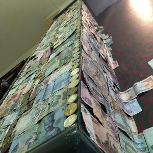 Edinburgh's international wall of lucre